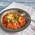 Polenta-Gnocchi in Tomaten-Steinpilzsauce