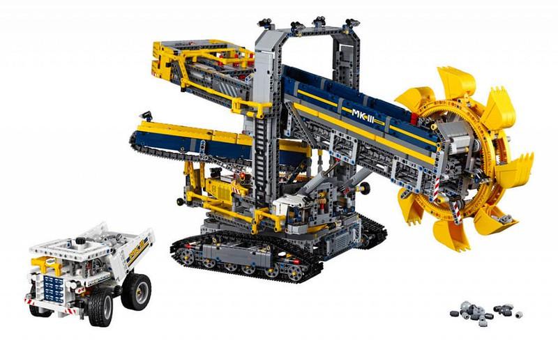 LEGO Technic Sets 2016: 42055 - Bucket Wheel Excavator