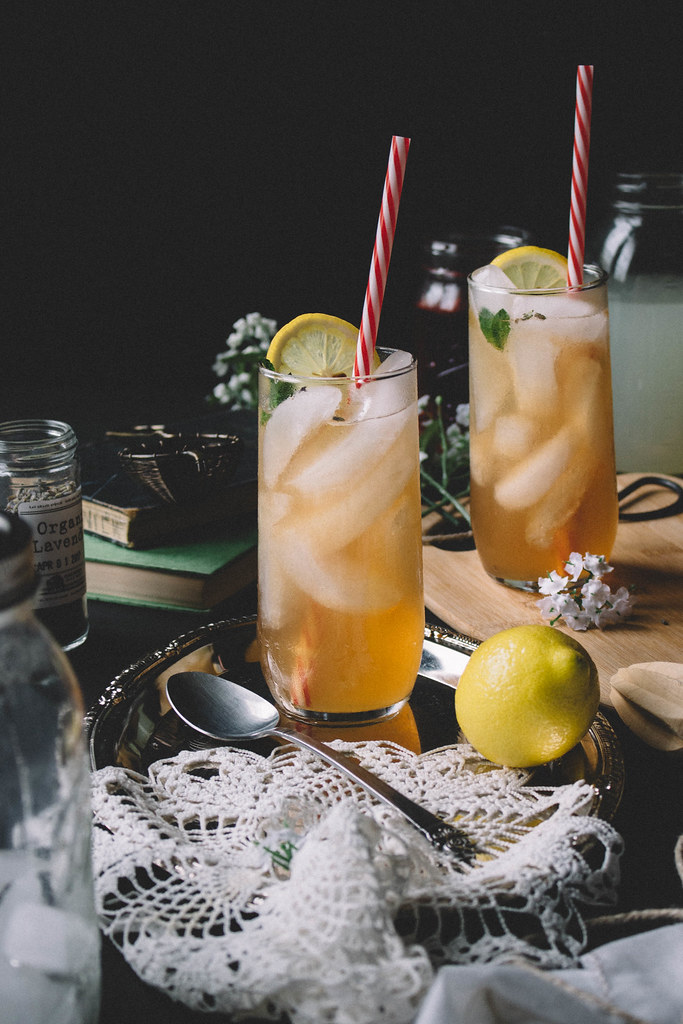 A John Daly with a twist | Lavender Lemonade & Peach Iced Tea // TermiNatetor Kitchen
