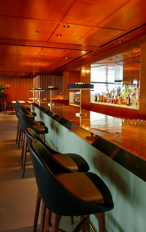 28045668836 06676507de c - REVIEW - Cathay Pacific: The Pier First Class Lounge, Hong Kong (Breakfast service)