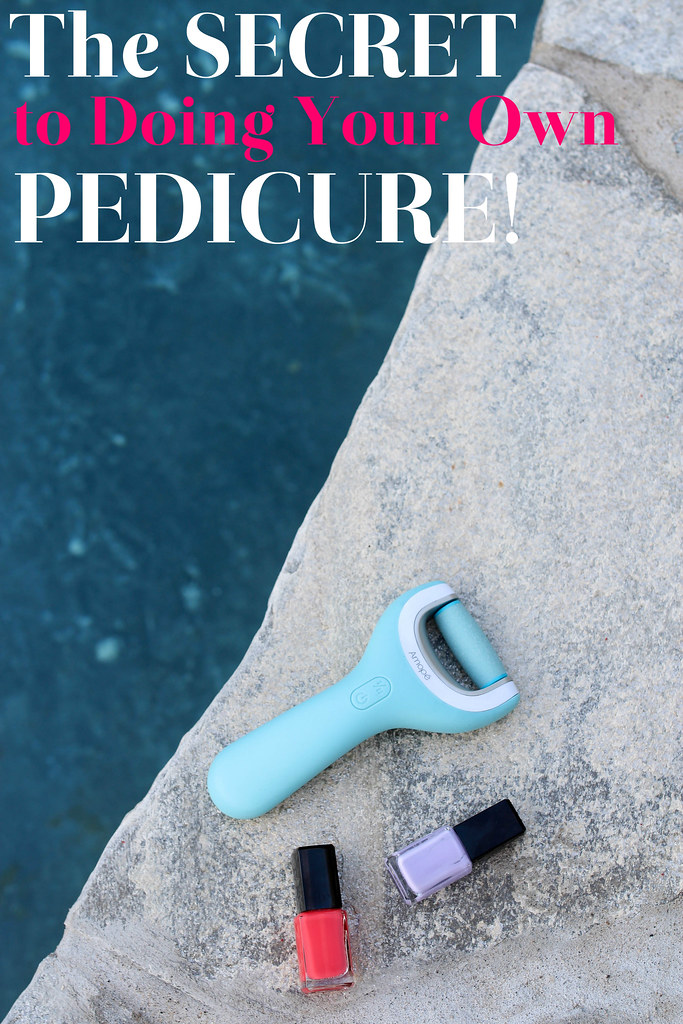 How to Use Amopé Pedi Perfect Wet & Dry Electronic Foot File (4 of 10)