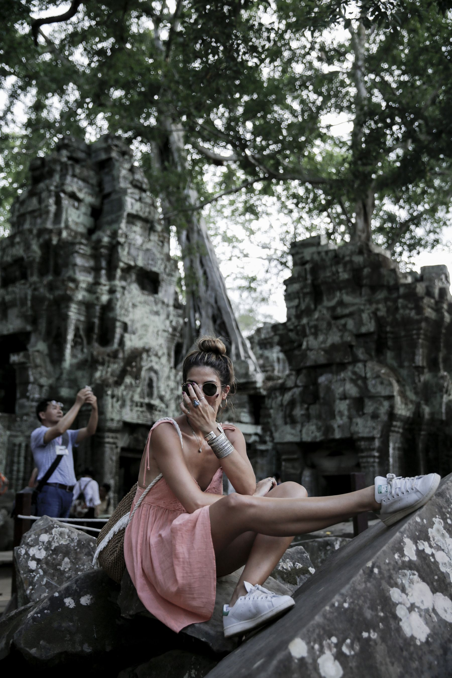 camboya cambodia angkor wat trendy taste summer trip outfit look dress sneakers stan smith vestido zapatillas asos adidas _40
