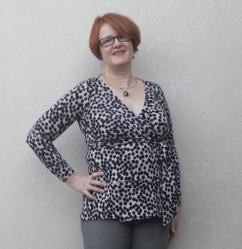 Cashmerette Appleton top in knit from Darn Cheap Fabrics