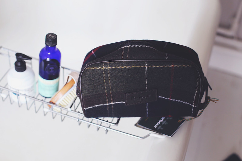 Barbour washbag