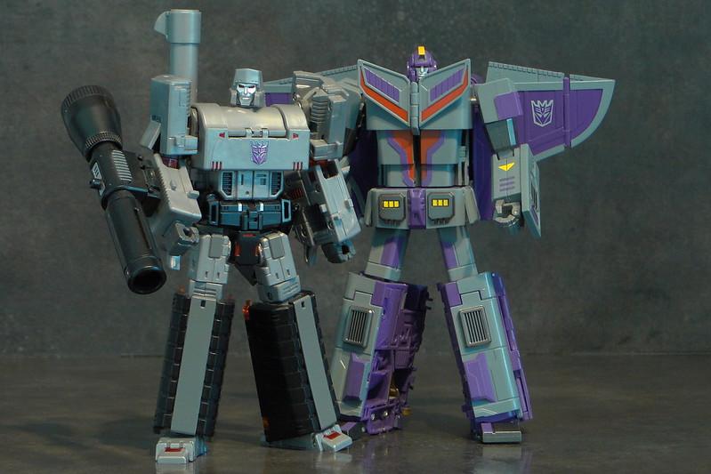 [Machine Boy/Fancy Cell Toys] Produit Tiers - FC-X01 Transportation Captain - aka Astrotrain 27512056724_dc475e0036_c