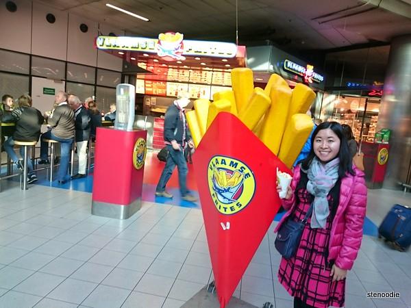 Vlamsse Frites Amsterdam airport