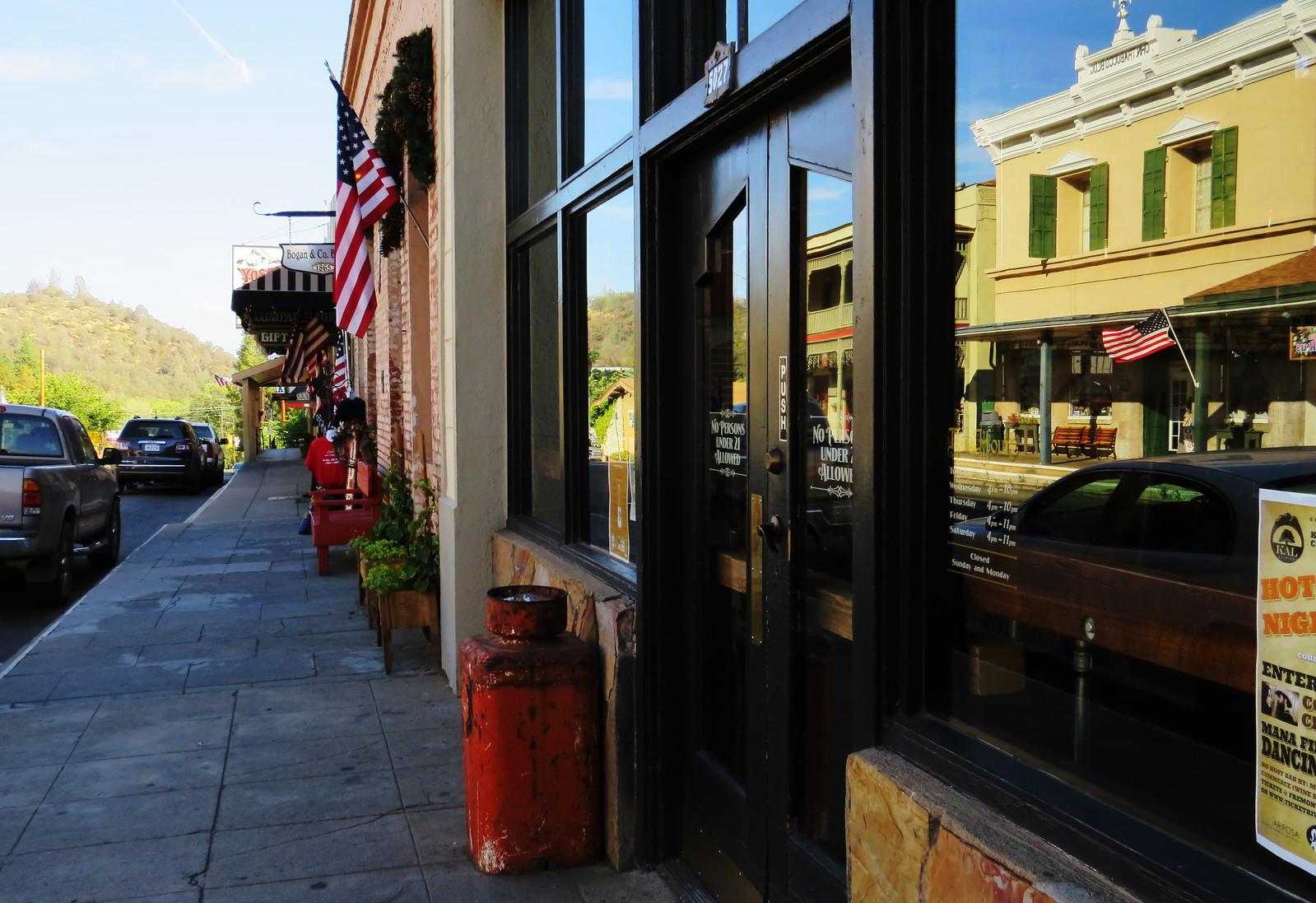 Door, Mariposa, CA
