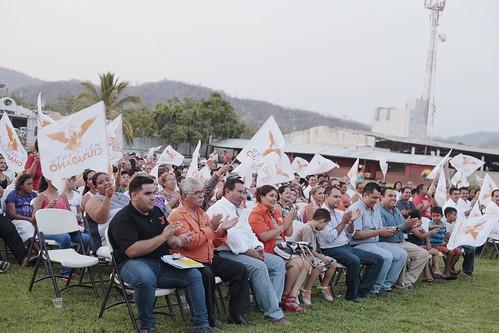 04 Junio 2016 Toma de protesta comisión operativa municipal Cihuatlán