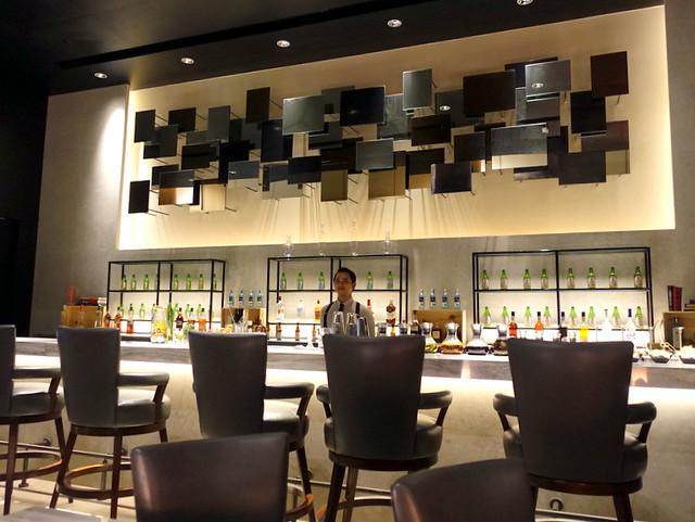 Conrad Manila- C Lounge-002