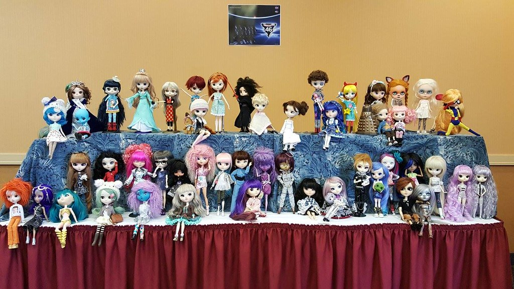 Puddle 2016 Group Doll Photo