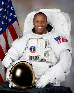 Astronaut B. Alvin Drew Jr., STS-133 mission specialist, NASA photo (1 July 2010) 9371424316_6a6afd52bb_n.jpg