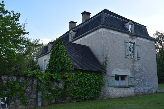 Manoir de Malagorse, Dordogne Valley | www.rachelphipps.com @rachelphipps