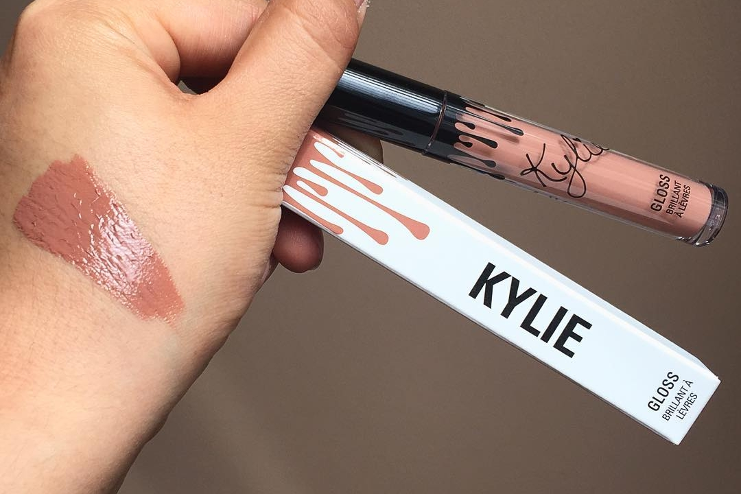 Kylie Jenner Lip Gloss Swatches