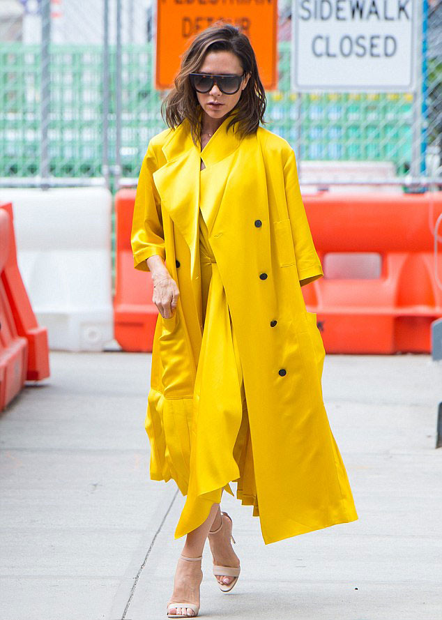 monochromatic-yellow-outfit-yellow-dress-yellow-trench-coat,-Pre-SS17-collection,-large-flat-top-visor-shades,-pair-of-nude-barely-there-heels