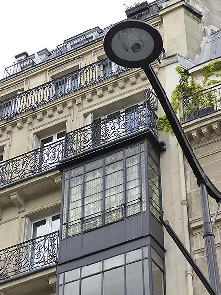 lampadaire et bow windows