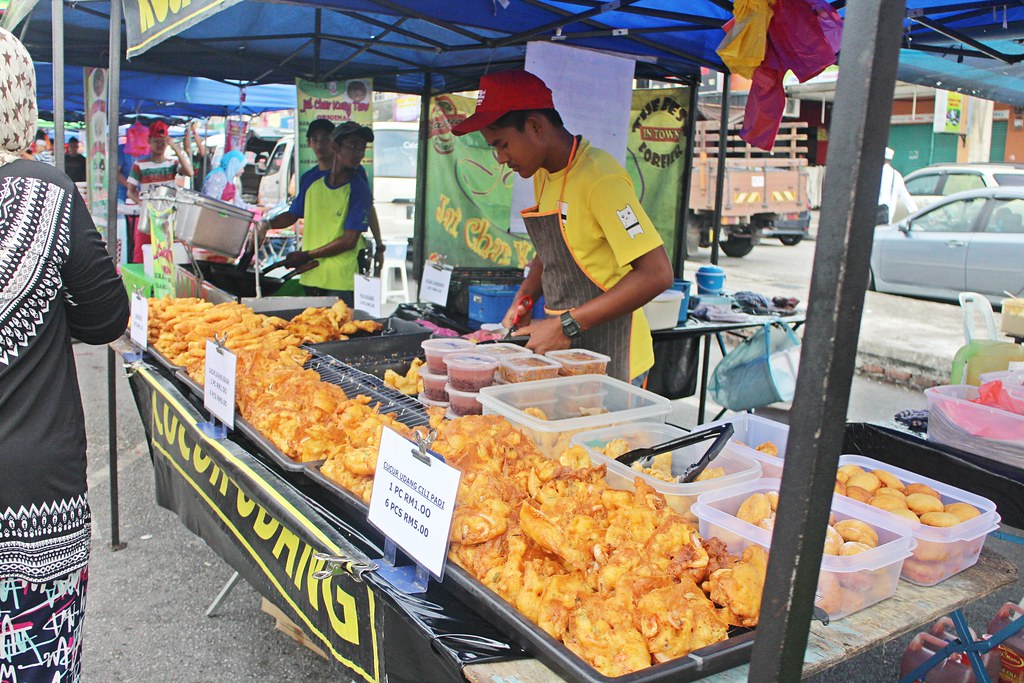 Ramadhan Bazaar: Assorted Fried Stuffs