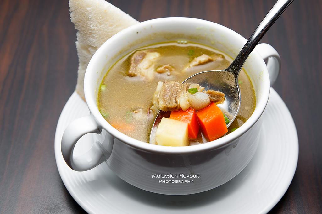 grandmama's sup kambing berempah