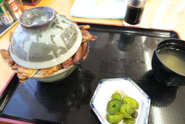 こぶしの湯 あつま 豚丼_05