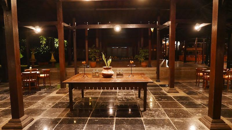 28097230716 93d168a208 c - REVIEW - Mesastila Resort, Central Java (Arum Villa)
