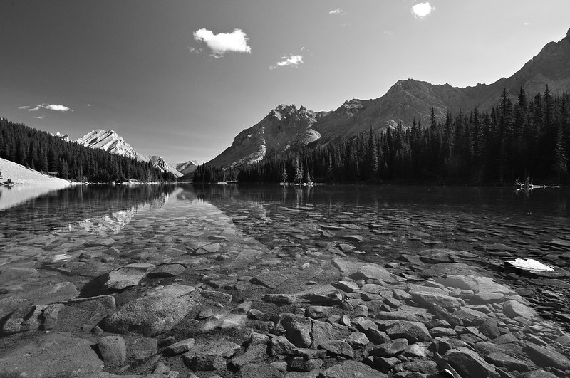 Elbow Lake