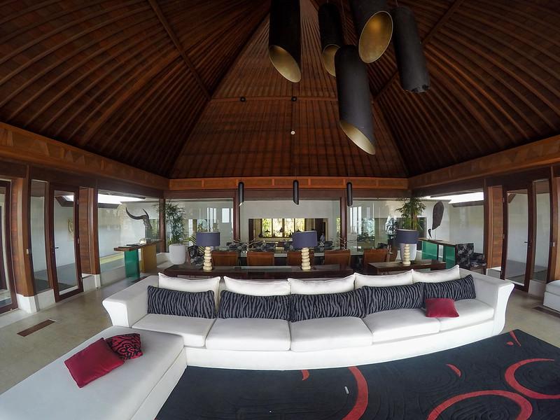 27697577164 8d93671932 c - REVIEW - The Edge, Uluwatu (Bali)
