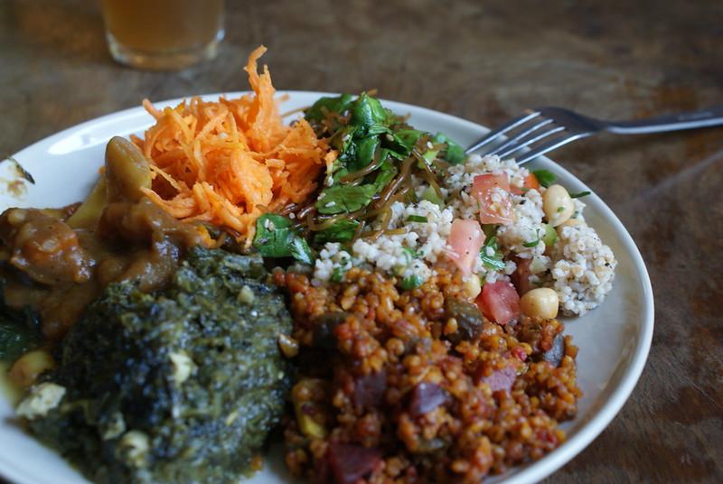 Assiettes végétariennes au Momo à Cracovie : Un délice pas cher !