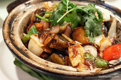 Eel Hot Pot 啫啫黃鱔煲