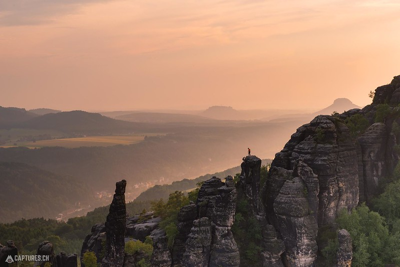 Two climbers - Schrammsteinaussicht