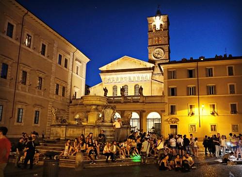 Piazza Santa Maria di Trastevere