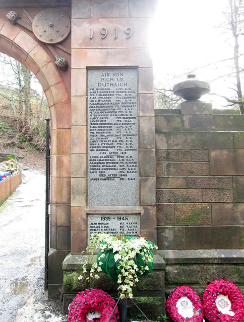 Aberfeldy, War Memorial, Gaelic