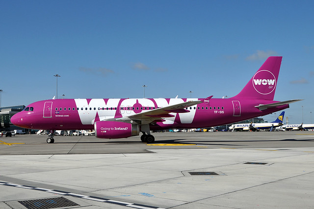 TF-SIS  A320-232  WOW Air