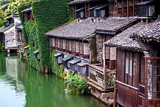 Sur les berges de l'ancien Village des Eaux de Wuzhen