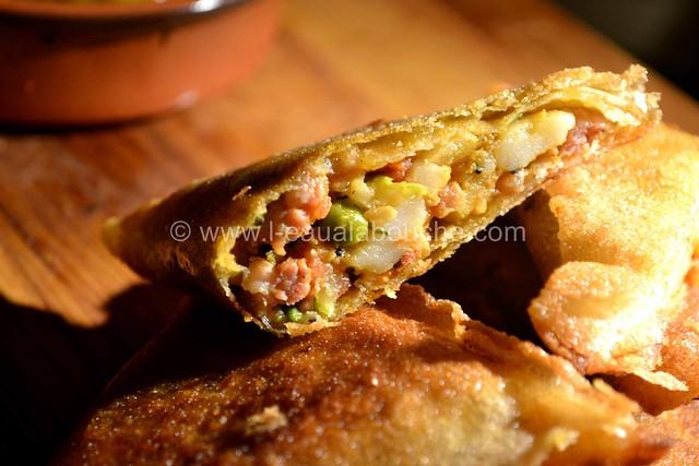 Samoussas à la Viande & aux Légumes © Ana Luthi Tous droits réservés 25
