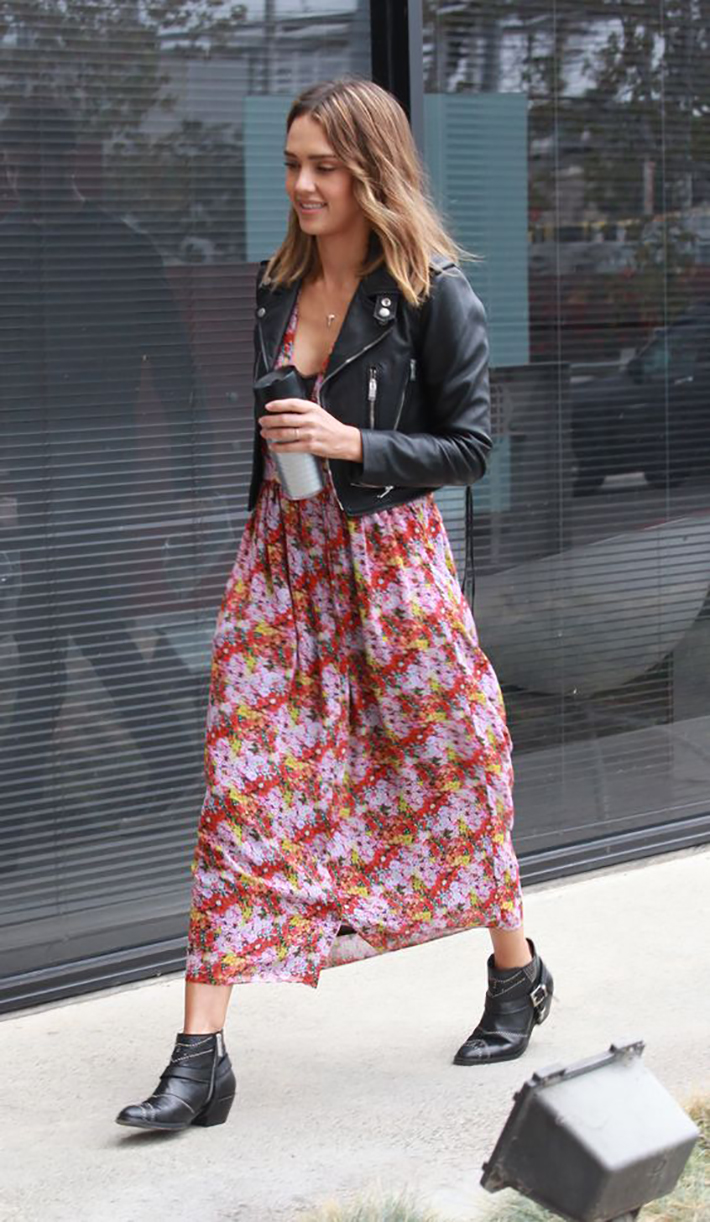 maxi dress with floral print inspiration street style fashion outfit summer autumn8
