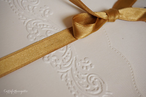 Gold Vintage Invitations