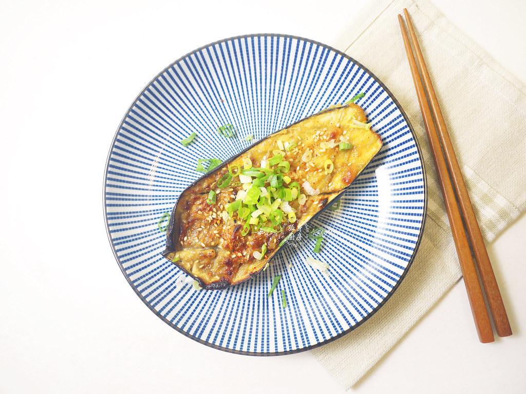 孤身廚房-開放式三明治三式-巴薩米克醋綜合菇、味噌烤茄子、杏仁香蕉桃接李10