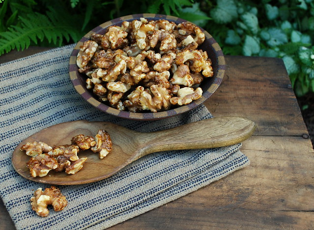 Sugared walnuts 1