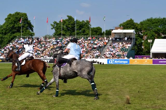 London vs Buenos Aires at Polo in the Park | www.rachelphipps.com @rachelphipps