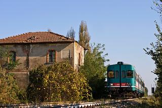 Il treno e il casolare...