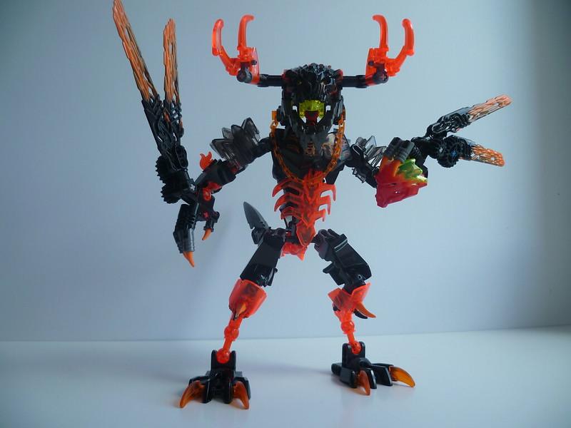 [MOC] Lava Beast 28748158412_d90c7911ca_c