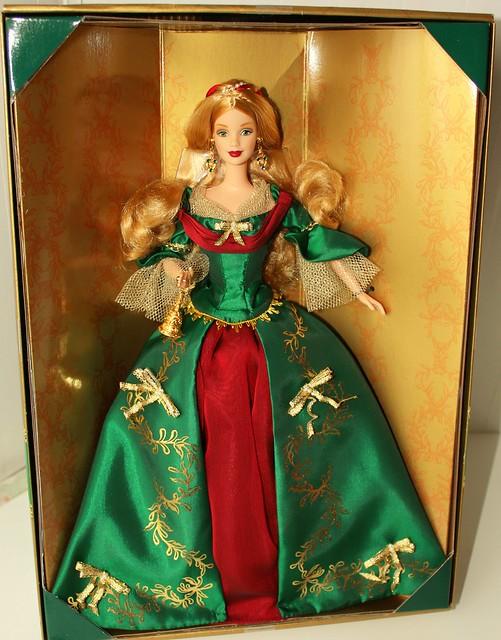 Holiday  Treasure  Barbie 2000