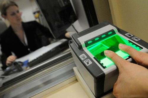 Новий паспорт — тільки біометричний