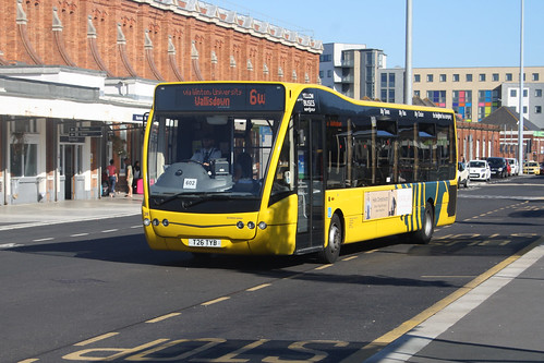 Yellow Buses 26 T26TYB