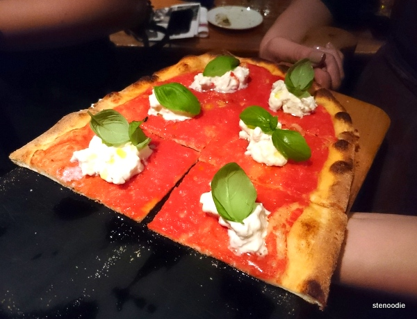 Burrata-Pizza