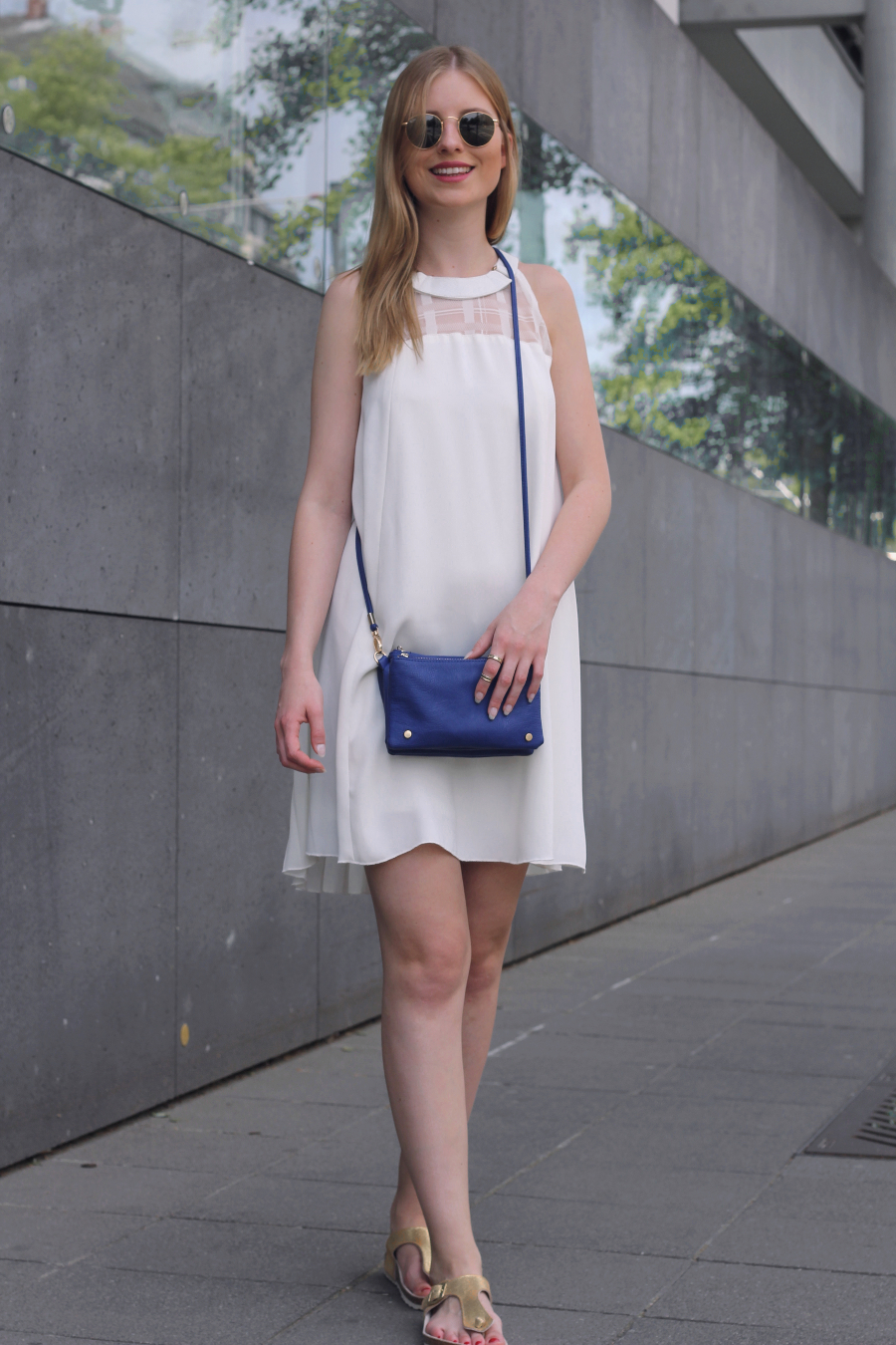 outfit frankfurt white river island dress gold birkenstock urban look