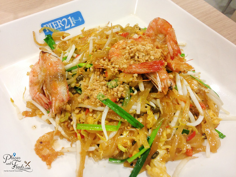 pier 21 terminal 21 food court pad thai