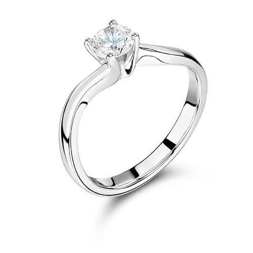 Diamond ring #engagementring