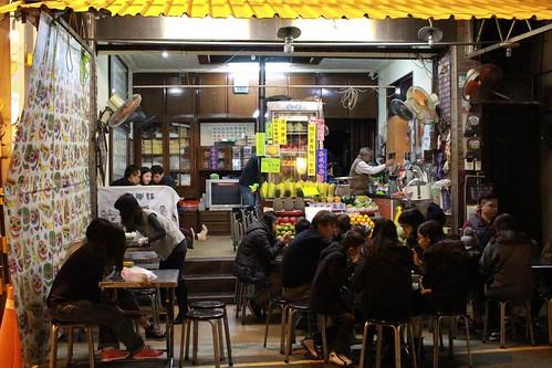 [台南旅遊]跟著在地人吃遍也走遍台南的大街小巷(16)_泰成水果店