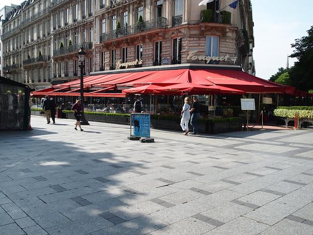 P5281812 シャンゼリゼ大通り L'Avenue des Champs-Élysées パリ フランス paris france