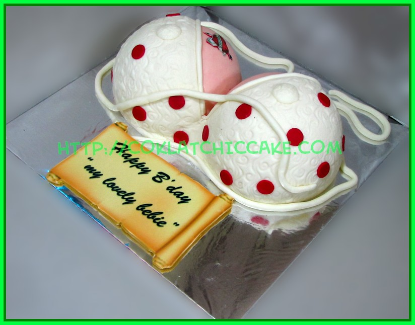 Cake Boobs
